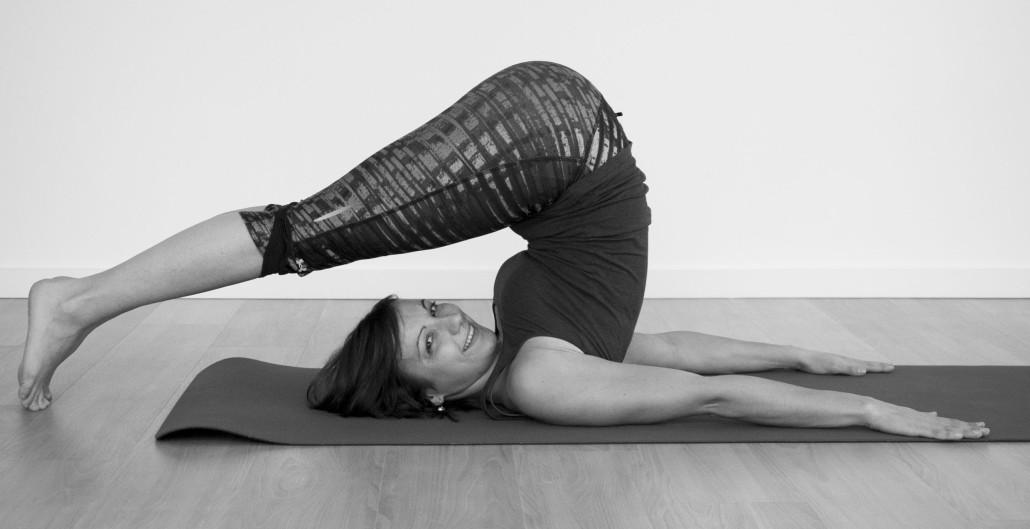 banner yoga 3