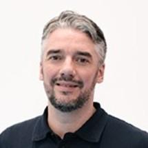 Marc   Schmitz );